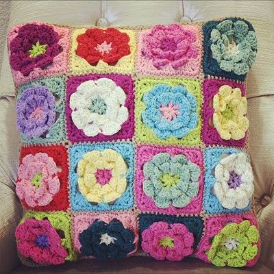 Free Crochet Granny Square Clothing Patterns : Flower Granny Square Pillow // Free Crochet Pattern ...