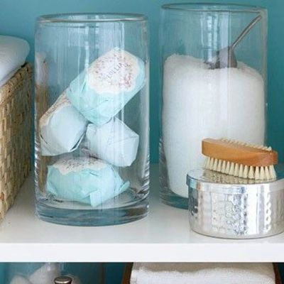 Use clear storage containers bath ideas juxtapost for Clear bathroom containers
