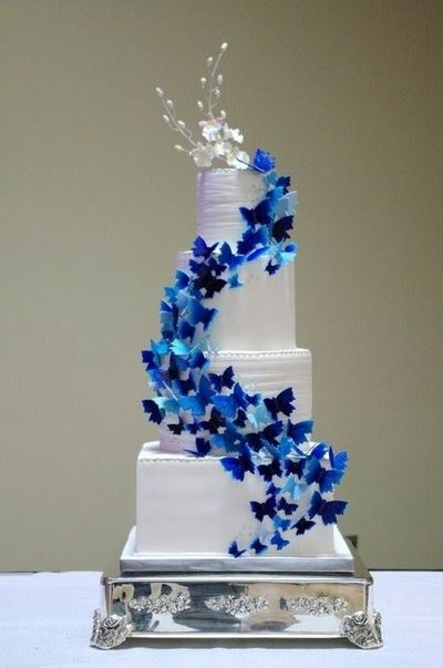gorgeous cake with blue butterflies wedding cakes juxtapost. Black Bedroom Furniture Sets. Home Design Ideas