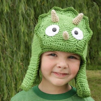 Crochet Dino Hat / crochet ideas and tips - Juxtapost