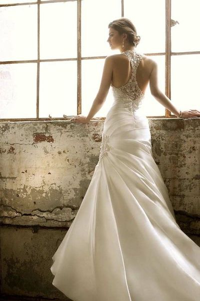 wedding gown with back detail gowns juxtapost. Black Bedroom Furniture Sets. Home Design Ideas