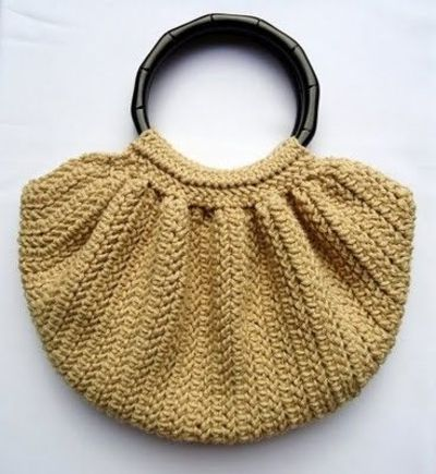Free Crochet Pattern Fat Bottom Bag : Crochet Fat Bottom Bag free pattern / crochet ideas and ...