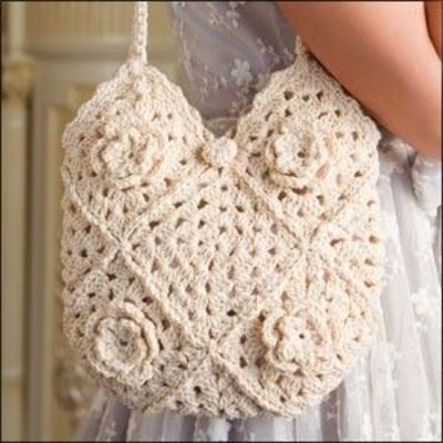 Crochet Granny Square Tote Bag Pattern : crocheted granny square bag pattern with flowers / crochet ideas and ...