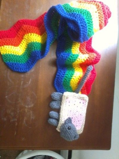 NYAN CAT (With images) | Cat scarf pattern, Cat crochet scarf ... | 534x400