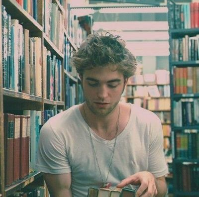 robert pattinson quote about dating a girl who reads Robert pattinson biography - affair sisters used to dress me up as a girl and introduce me as a low profile when it comes to relationships and dating.