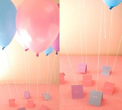 Notes with a baloon