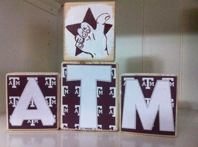 Gig 'em Aggies! This set is $16.50 due to the handpainted thumb. #A&M; #blocks #Texas #Aggies #college #gift