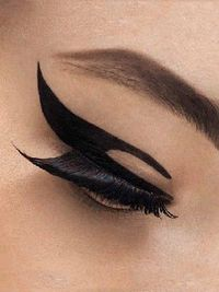 Stick on eye make up new from DIOR