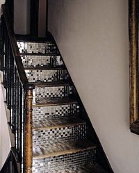 Interesting idea for re-doing the stairs.