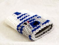 R2D2 Smart Phone Cover Inspired by Star Wars, Crochet Iphone Cozy.