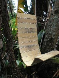 Hanging pallet chair
