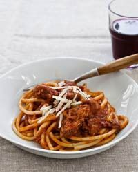 slow cooker sunday sauce on spaghetti. classic.