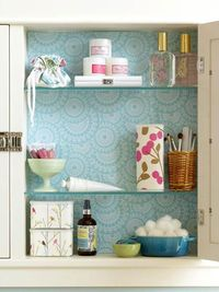 decorate medicine cabinet