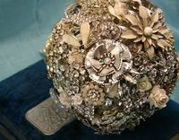 Brooch bouquet! For your wedding day.