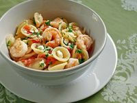greek style shrimp and pasta