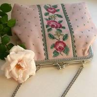 embroidered handbag cross stitch roses in pink from etsy.com
